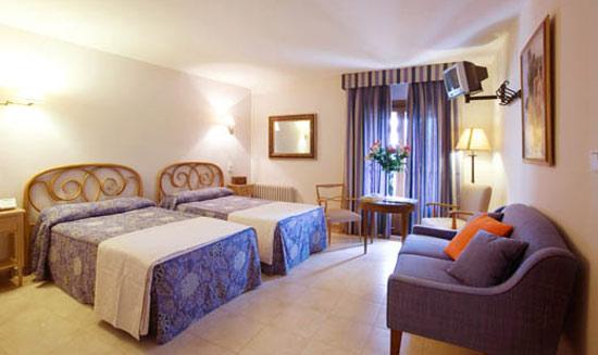 Entre los viajes y los hoteles, un balneario